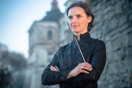 Oksana Lyniv ist die erste weibliche Dirigentin in Bayreuth.