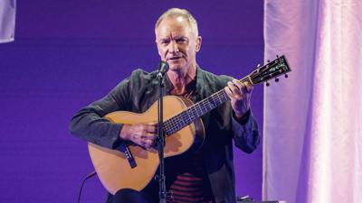 Sting bei der Eröffnung des Reeperbahn-Festivals auf der Bühne des Stage Operettenhauses.