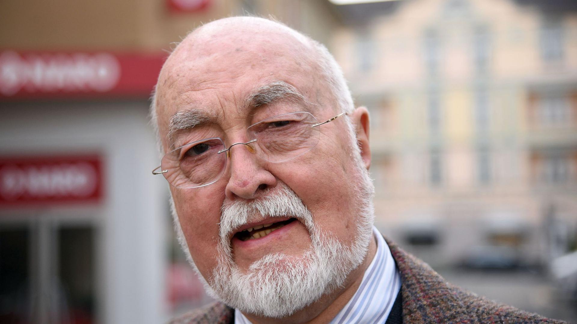 """Der """"Lindenstraße""""-Schauspieler Ludwig Haas (Dr. Dressler) starb mit 88 Jahren."""