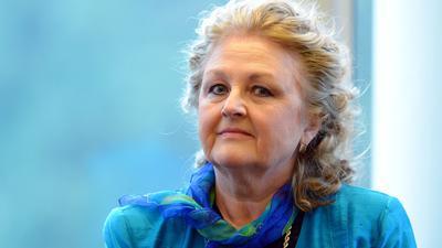 Die slowakische Sopranistin Edita Gruberova beantwortet bei einer Pressekonferenz Fragen von Journalisten. (Archivbild)