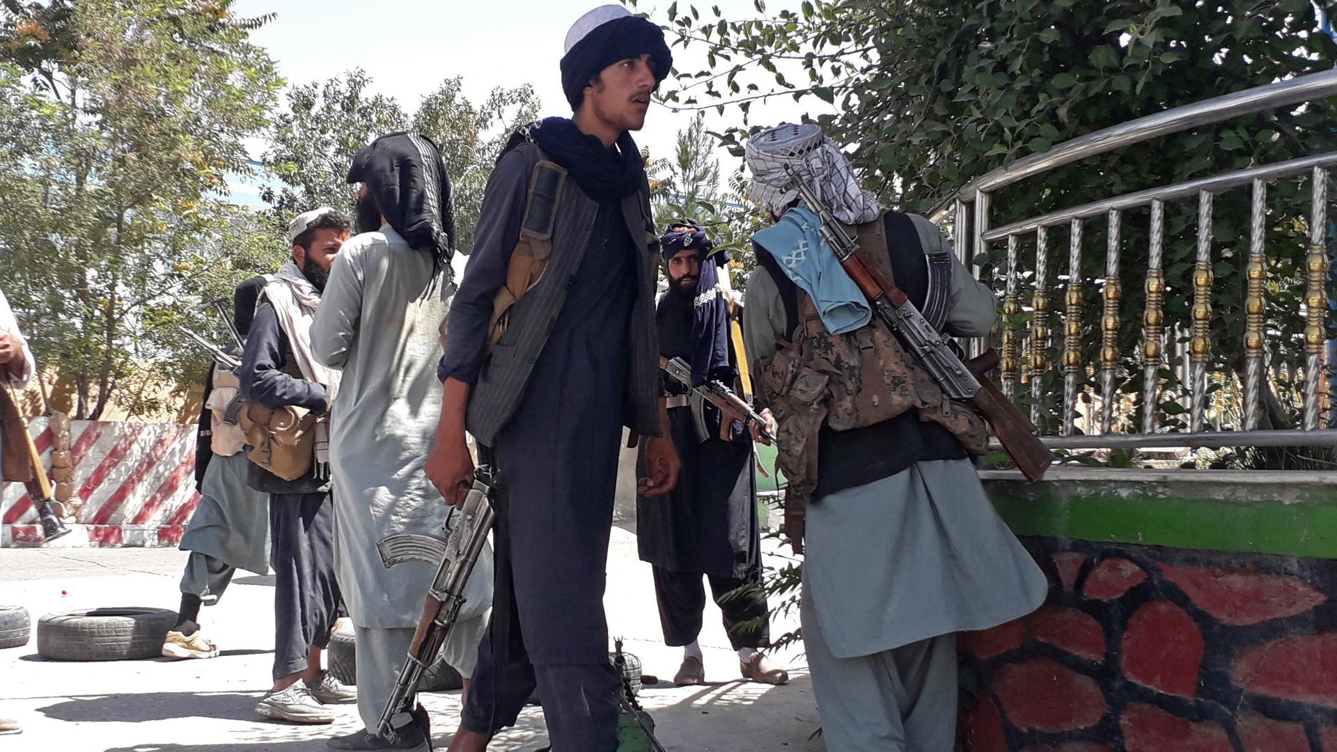 Die Gefahr rückt vor: Die Taliban-Kämpfer eroberten mit Ghasni eine weitere Provinzhauptstadt. Diese liegt nur 150 Kilometer vor der Hauptstadt Kabul.