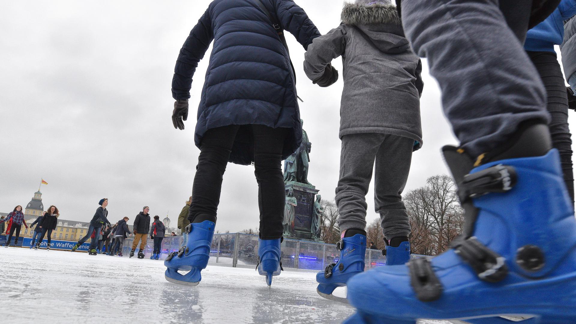 21.12.2017 Donnerstag Mittag Betrieb auf der Eiszeitanlage