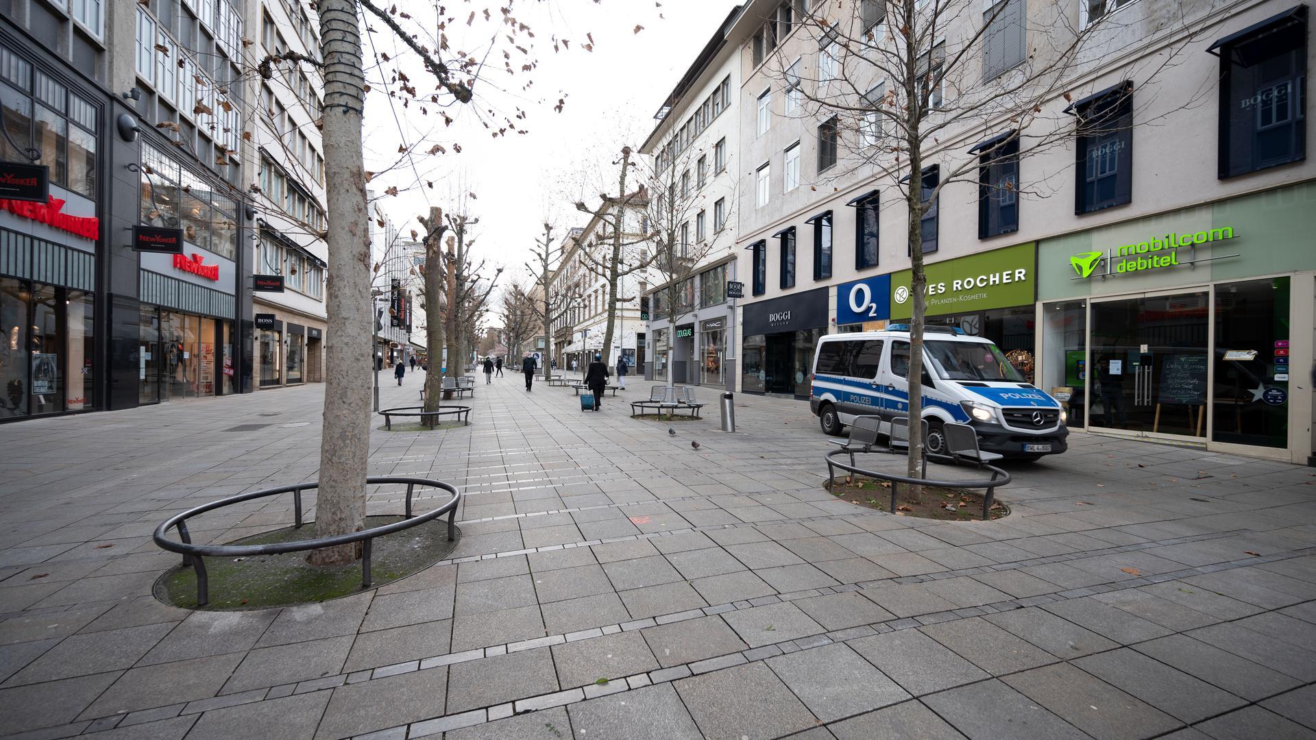 Verwaiste Einkaufsmeile in Stuttgart: Der noch anhaltende Corona-Lockdown wurde in Baden-Württemberg im Dezember nach einem starken Anstieg der Infektionen und Todesfälle eingeführt.