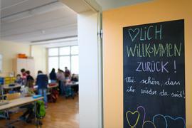 Offene Fragen zur Corona-Verbreitung unter Kindern: Wie hier in Sachsen öffnen bald auch in Baden-Württemberg die Grundschulen im eingeschränkten Regelbetrieb.