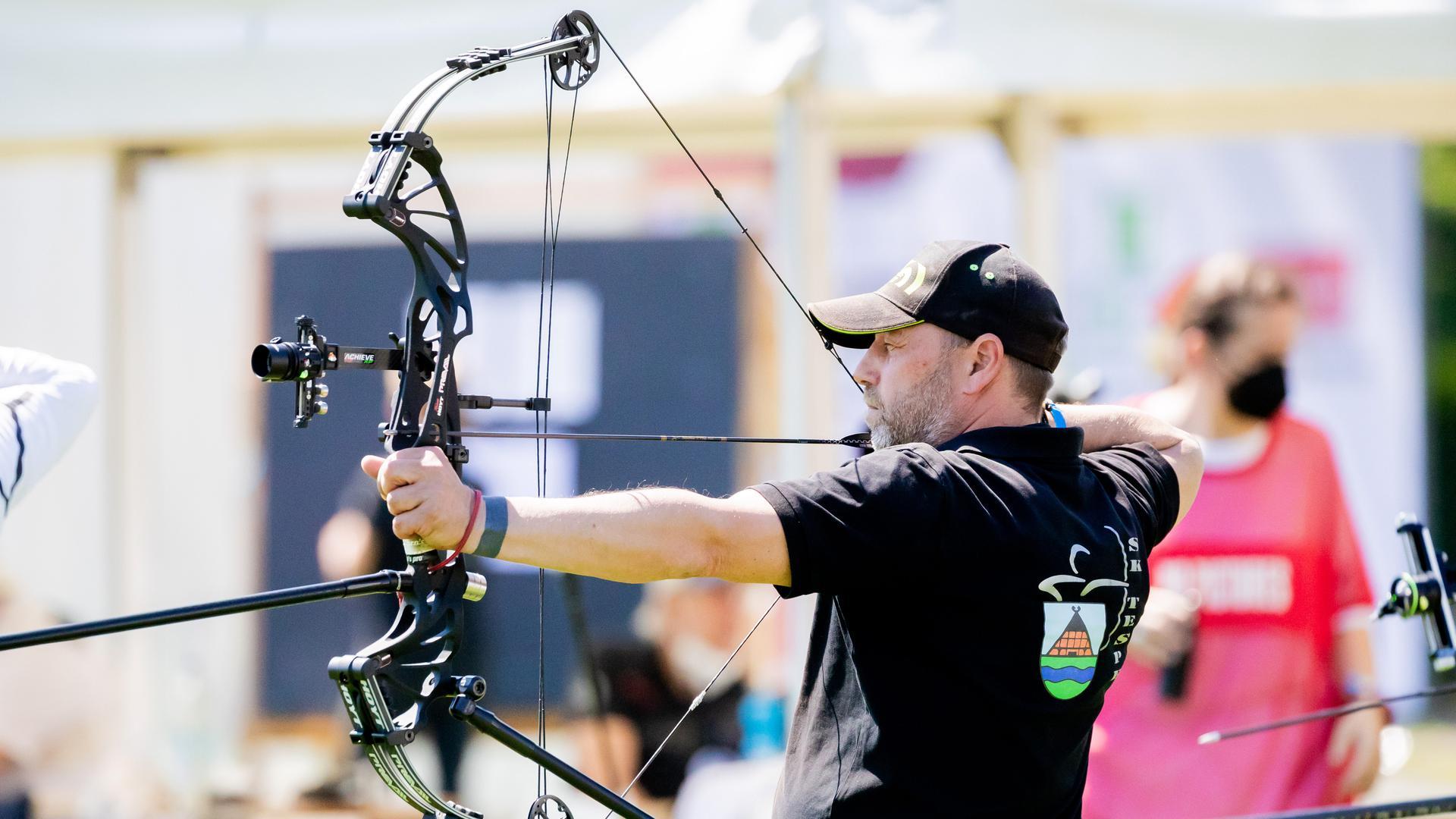 Präzise, flexibel, stabil und reichweitenstark: Moderne Compoundbögen sind bei Profi- und Freizeitsportlern sehr beliebt.