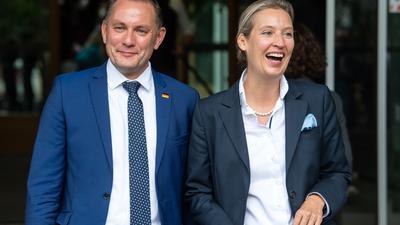 Führungsanspruch im Tandem: Die Spitzenkandidaten der AfD, Tino Chrupalla und Alice Weidel, treten am Mittwoch als Kandidaten für den neuen Fraktionsvorsitz im Bundestag an.
