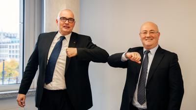 Bundestagsabgeordneter Axel E. Fischer und Botschafter Levan Izoria (rechts) bei der Gründungsversammlung des Deutsch-Georgischen Forums im Oktober. Inzwischen liegt das Projekt auf Eis.