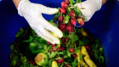 Gegen Verschwendung: Lebensmittel, die noch verzehrbar sind, dürfen in Frankreich nicht entsorgt werden.
