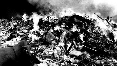 Brennende Müllkippe 1965