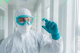 Enttäuschte Hoffnungen: Im Kampf gegen Sars-CoV-2 wurden und werden weltweit hunderte Impfstoffkandidaten entwickelt. Manche Wettbewerber, wie hier das deutsche Unternehmen Curevac, mussten in den vergangenen Monaten große Rückschläge verkraften oder ganz aufgeben.