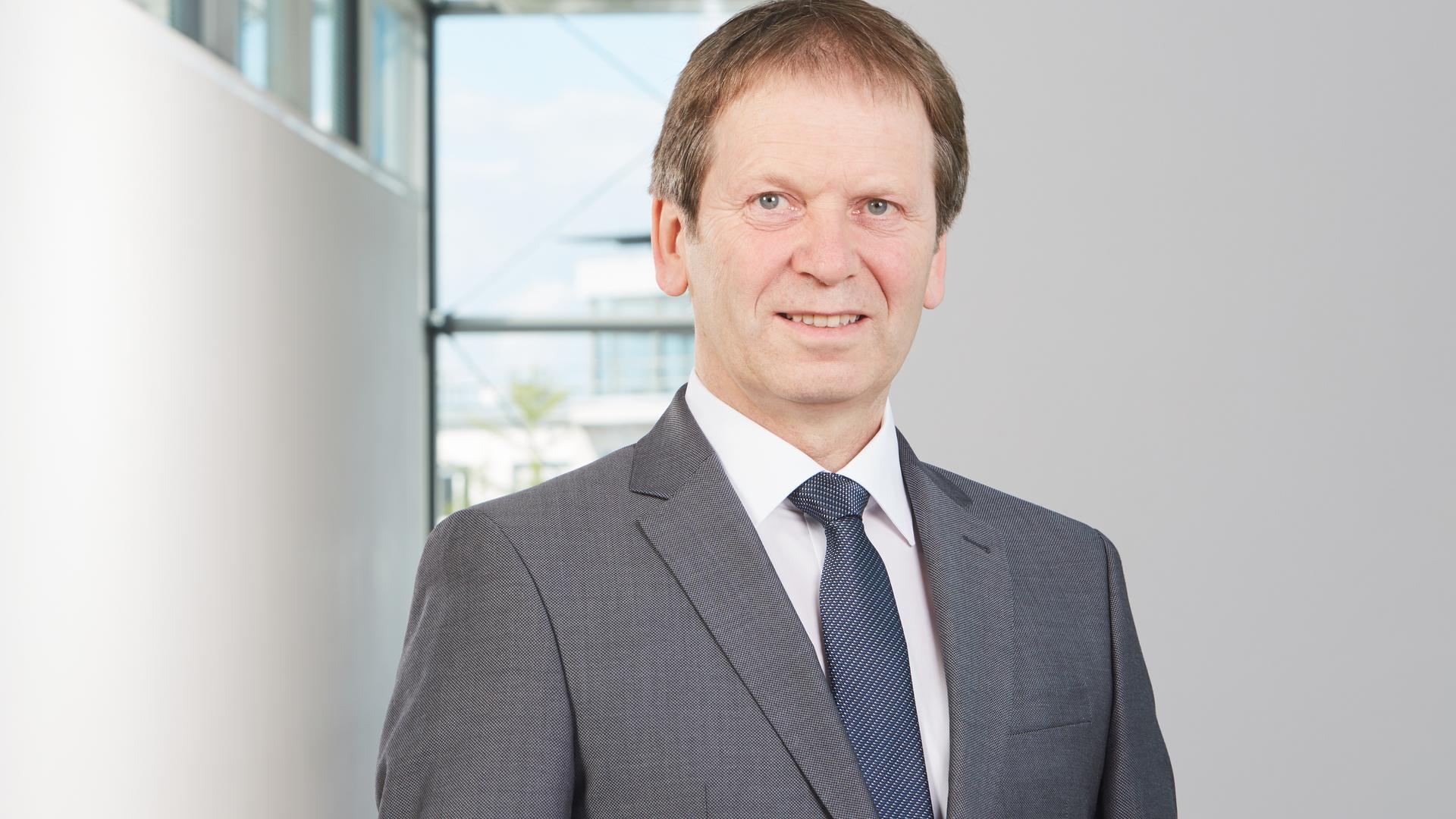 Hans-Martin Henning leitet das Fraunhofer-Institut für Solare Energiesysteme in Freiburg.