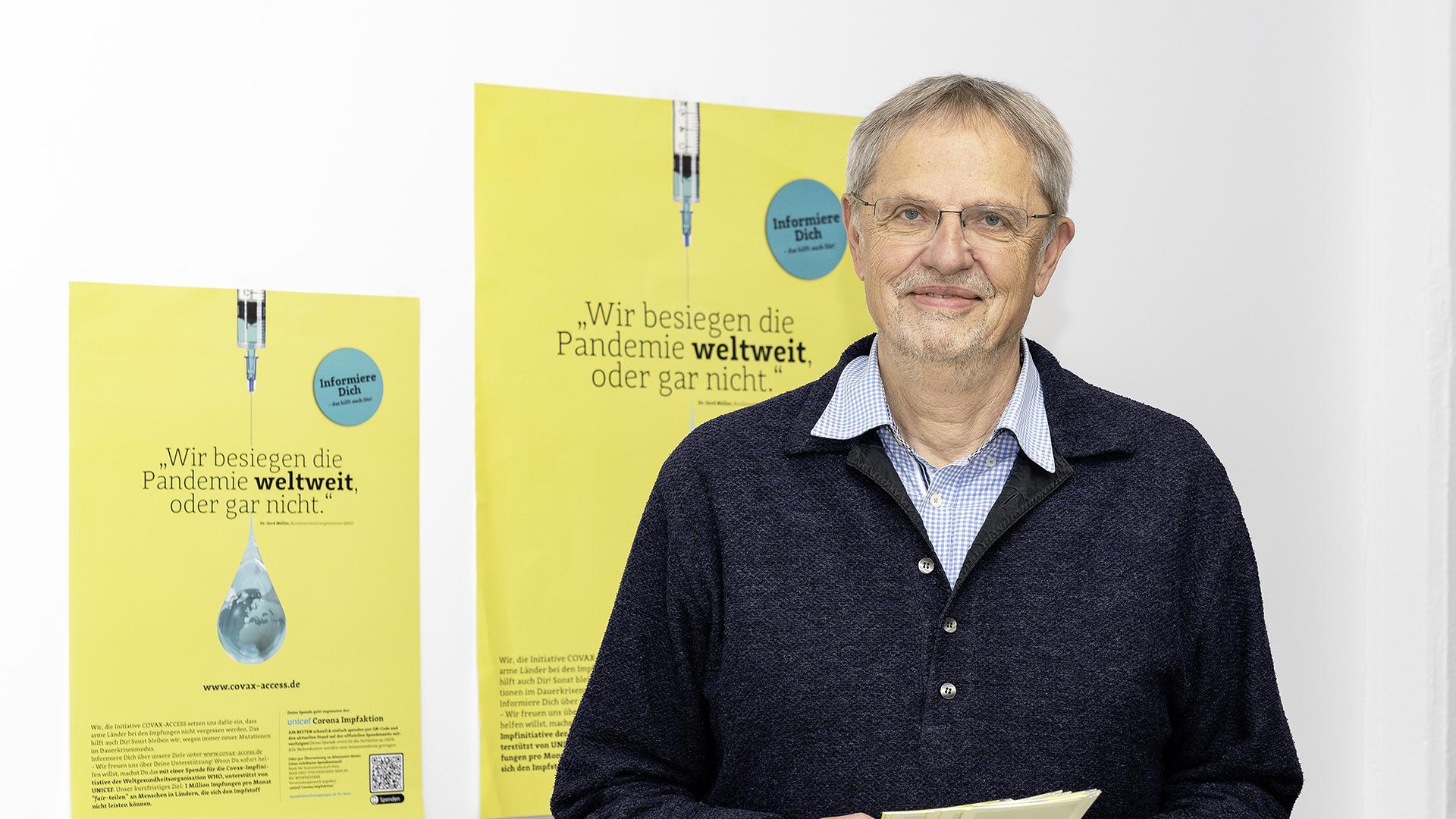 Engagiert im Kampf um die globale Impfgerechtigkeit: Gerhard Büchele (71) leitet eine Firma für Lufttechnik in Karlsruhe und treibt mit einem Team von Freiwilligen die lokale Initiative Covax Access voran.