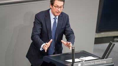 Andreas Scheuer (CSU), Bundesverkehrsminister, spricht.
