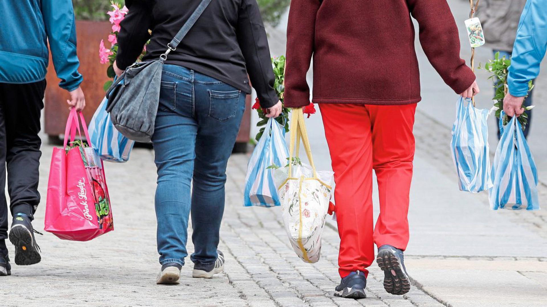 Bundesumweltministerin Svenja Schulze hat den Plastiktüten den Kampf angesagt und ein Gesetz gegen die Einmaltragetaschen auf den Weg gebracht.