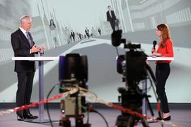 Wolfgang Grenke, Präsident der IHK Karlsruhe, im Gespräch mit Moderatorin Nicole Köster