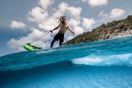 Die Lampuga GmbH möchte mit ihrem elektrisch betriebenen Jet Board für Spaß beim Wassersport sorgen - Corona hatte das Jungunternehmen zurückgeworfen.