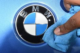 BMW hat vor allem in Europa und Amerika mit massiven Absatzeinbußen zu kämpfen.