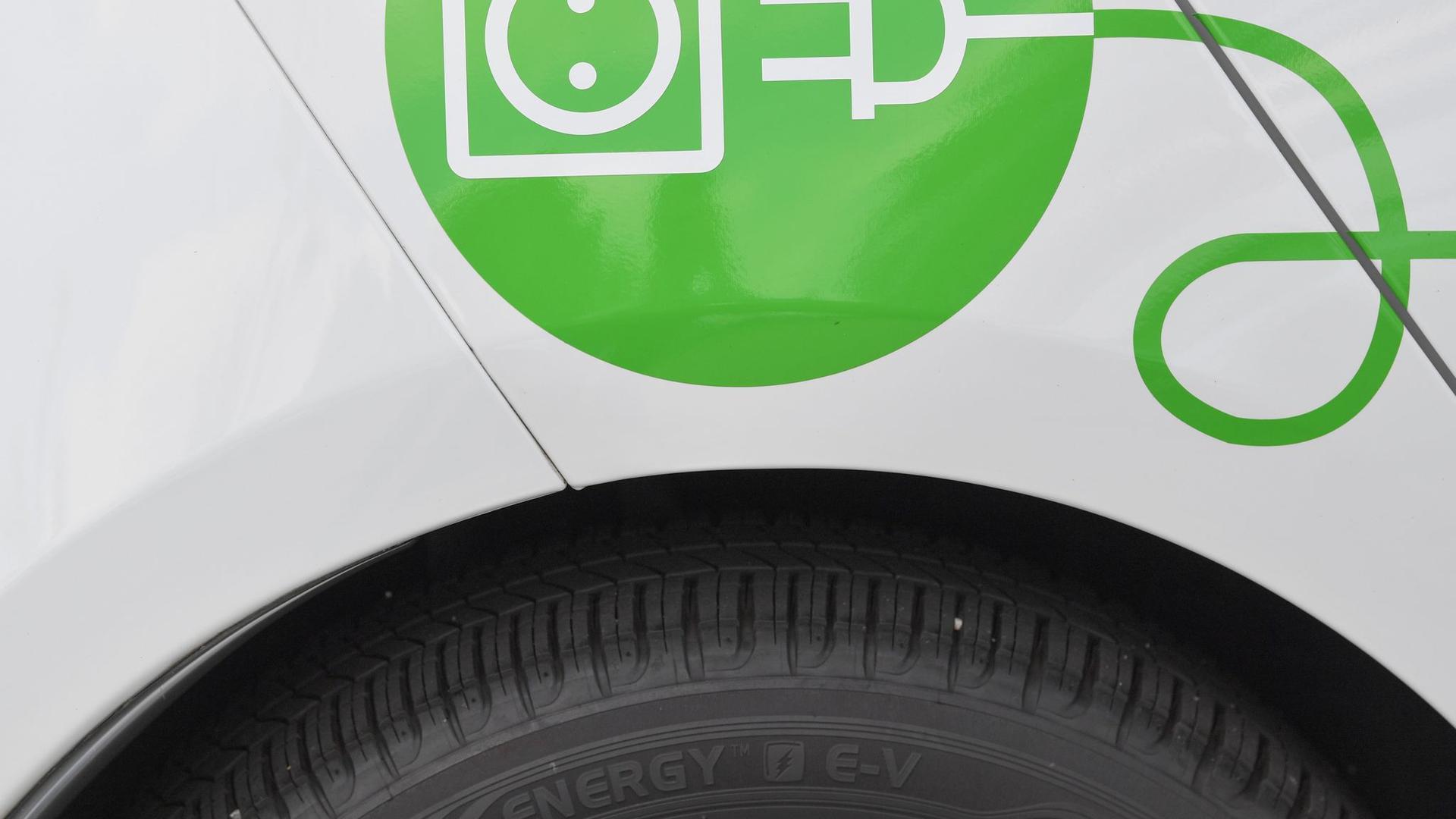 Ein Elektrofahrzeug.