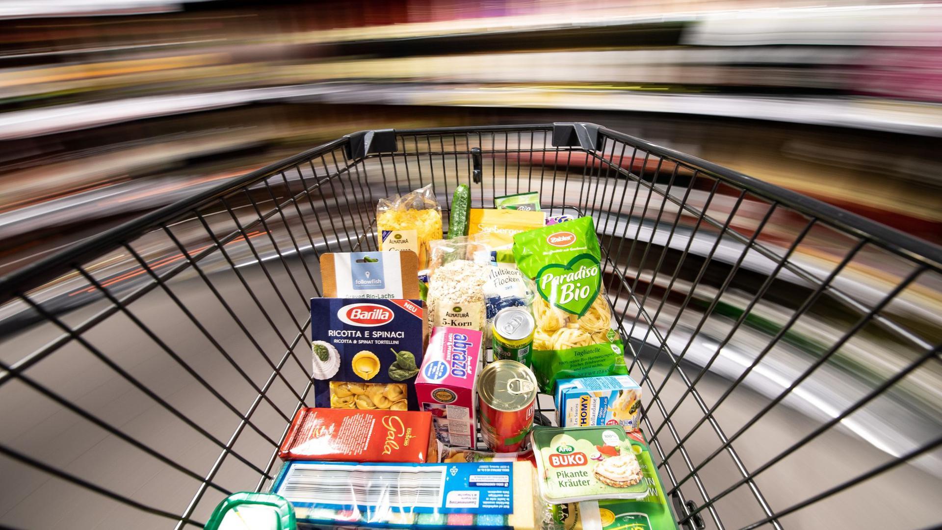 Die Verbraucherpreise in der Eurozone sinken - auch die für Lebensmittel.