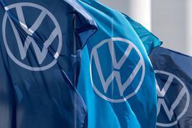 Die VW-Tochter Traton will den Truckhersteller Navistar komplett übernehmen.