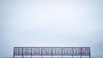 BER Terminal 5 steht nach der Umbenennung auf dem alten Flughafen Schönefeld.