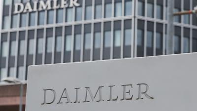 Daimler profitierte im dritten Quartal unter anderem von seinen Maßnahmen für mehr Effizienz und Kostendisziplin.