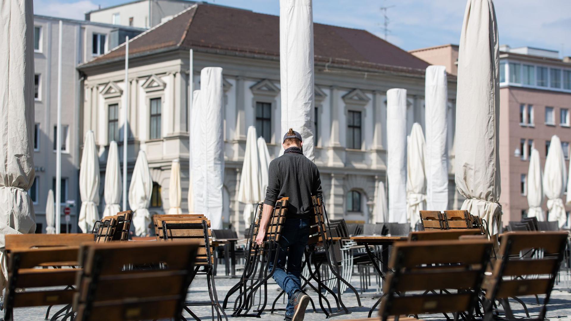 Resuarant in Augsburg. Der zweite Lockdown droht und Gastwirte machen sich Sorgen um ihre wirthschaftliche Existenz.