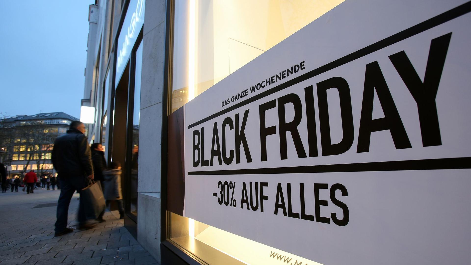 In diesem Jahr plant gerade einmal die Hälfte der Verbraucher, am Black Friday auf Schnäppchenjagd zu gehen.