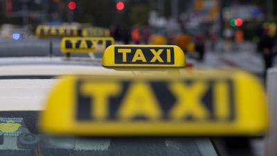 Der Taxiverband fürchtet den Verlust Zehntausender Jobs.