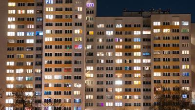 Weil in einigen Jahren die Nachfrage nach Mietwohnungen zurückgehen könnte, rückt laut IW Köln eine andere Größe in den Vordergrund der Diskussion: die Wohnnebenkosten.