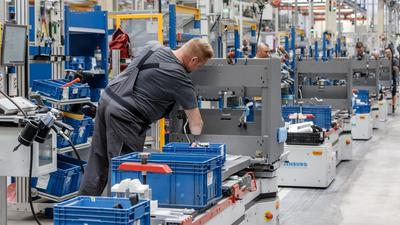 Die deutsche Industrie hat ihre Produktion auch im Oktober gesteigert.