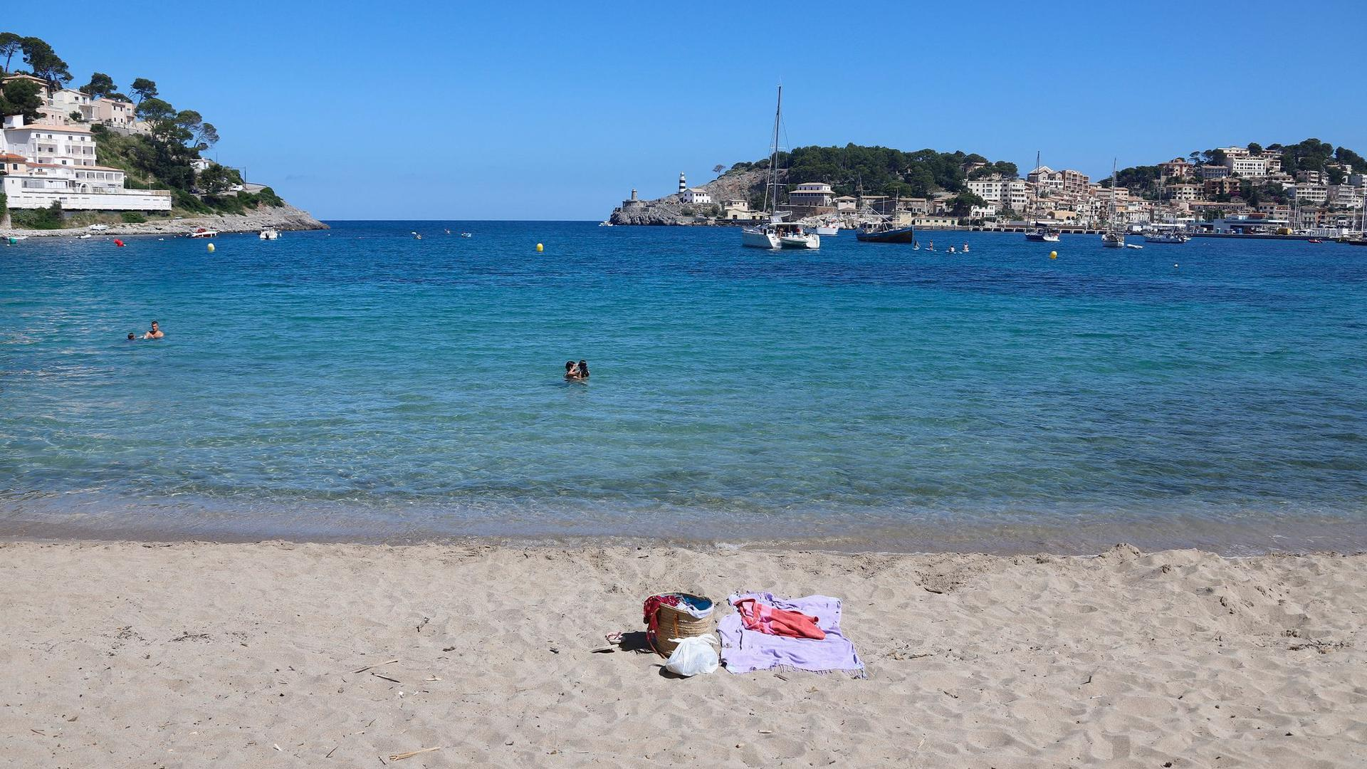 Nahezu leer ist dieser Strand auf Mallorca.