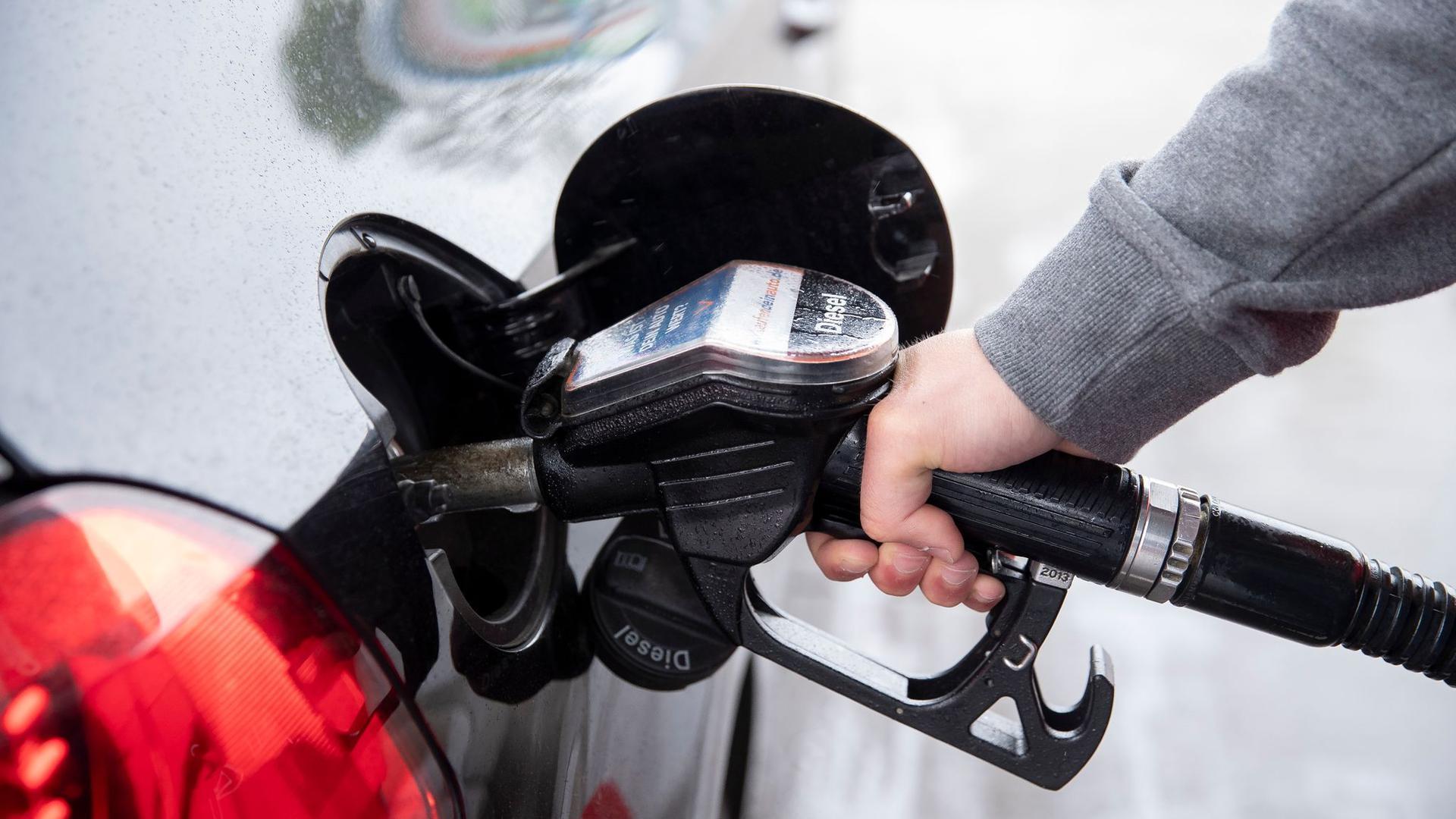 Das Ende des niedrigen Ölpreises ist da. Das wird auch an denTankstellen spürbar.