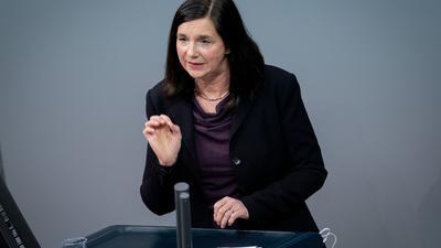 Katrin Göring-Eckardt, Fraktionsvorsitzende von Bündnis 90/Die Grünen, spricht im Bundestag.