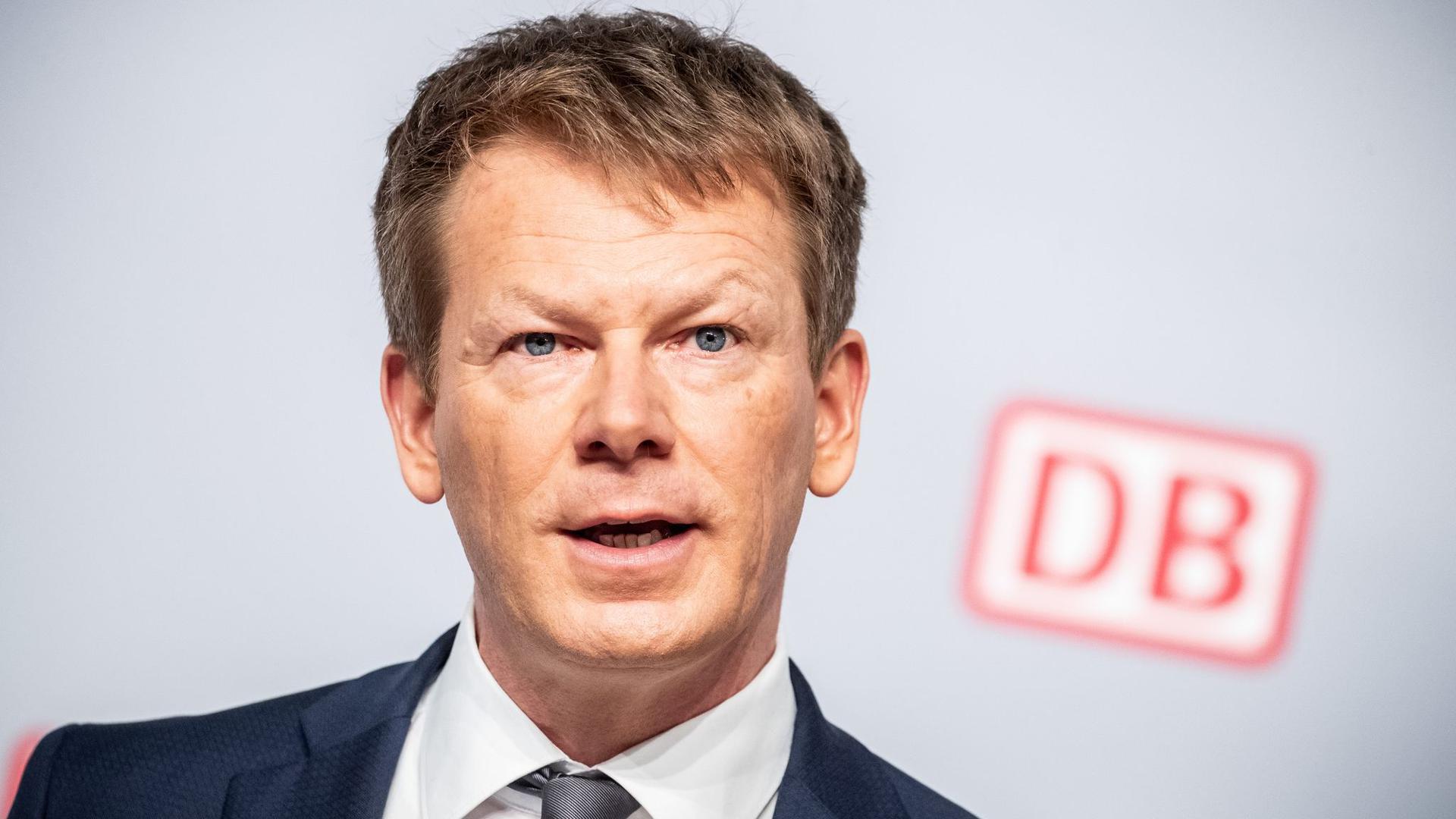 Der Chef der bundeseigenen Deutschen Bahn: Vertrag von Richard Lutz soll verlängert werden.