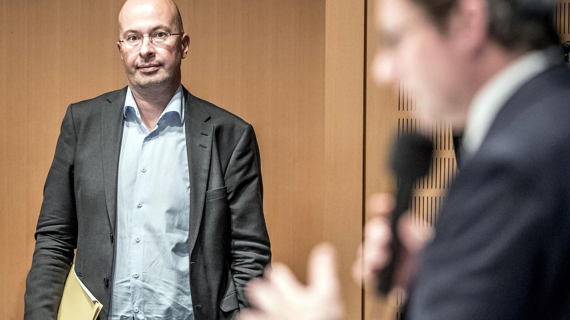 """Aus der Politik in denStaatskonzern: Ex-Scheuer-Sprecher Wolfgang Ainetter wird Bahn-Sonderbeauftragter für das """"Europäische Jahr der Schiene""""."""