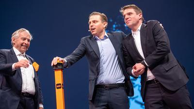 Familienbande: Erich (l-r), Konstantin und Alexander Sixt.