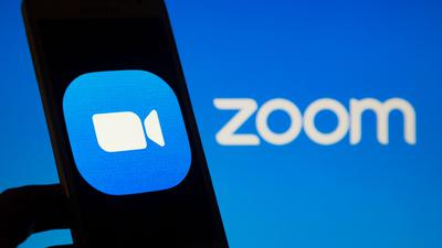 Für das angebrochene Geschäftsjahr peilt Zoom ein Umsatzplus von mindestens 42 Prozent an.