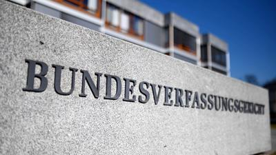 Deutschland kann das Finanzierungssystem der EU bis zum Jahr 2027 und den darin enthaltenen 750 Milliarden Euro schweren Corona-Wiederaufbaufonds mit auf den Weg bringen.