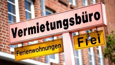 Die Corona-Einschränkungen haben den Inlandstourismus in Deutschland im ersten Quartal drastisch ausgebremst.