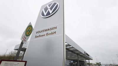 Bis 2027 soll die Wochenarbeitszeit bei Volkswagen in Zwickau, Chemnitz und Dresden von 38 auf 35 Stunden sinken.