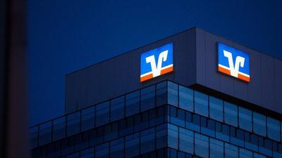 Erst gab es bei der Volksbank eine Attacke auf das Rechenzentrum des IT-Dienstleisters, dann auf das Rechenzentrum in Münster.