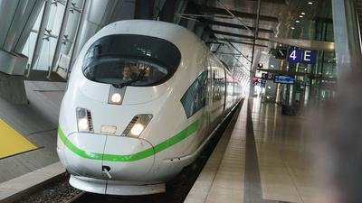 Im Jahr 2040 will die Deutsche Bahn ein ausgeglichenes CO2-Konto erreichen.