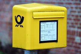 Im vergangenen Jahr hatte die Deutsche Post nach eigenen Angaben 120 MillionenPostkarten befördert, das waren 27 Millionen weniger als 2019.