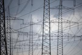 Bei der Bundestagswahl geht es auch um die Stromkosten für Verbraucherinnen und Verbraucher.