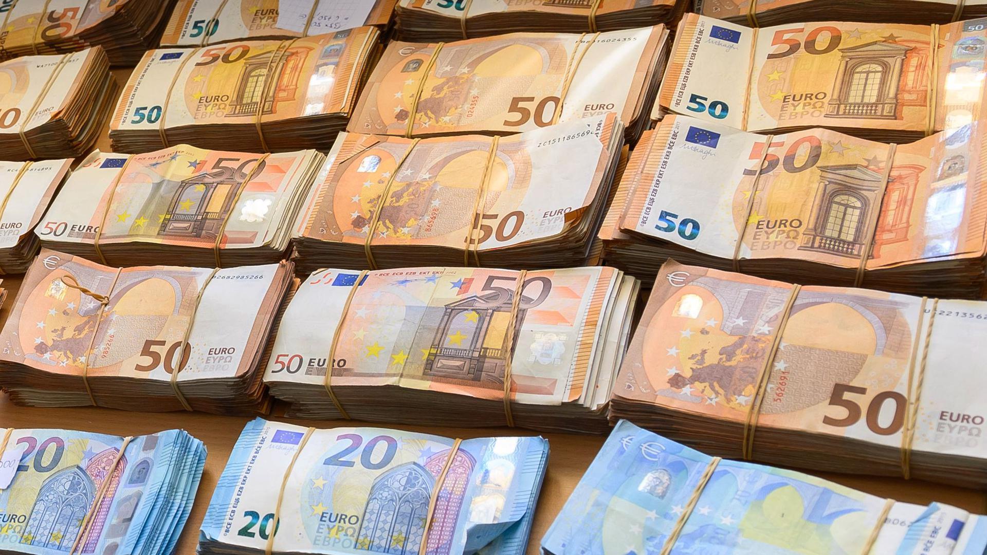 Laut EUvergiftet Geldwäsche das Wirtschaftssystem.