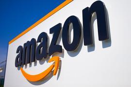 Der deutsche Onlinehandel rechnet trotz der jüngsten Warnsignale vom US-Internetgiganten Amazon vorläufig nicht mit einem Ende des kräftigen Wachstums im E-Commerce.