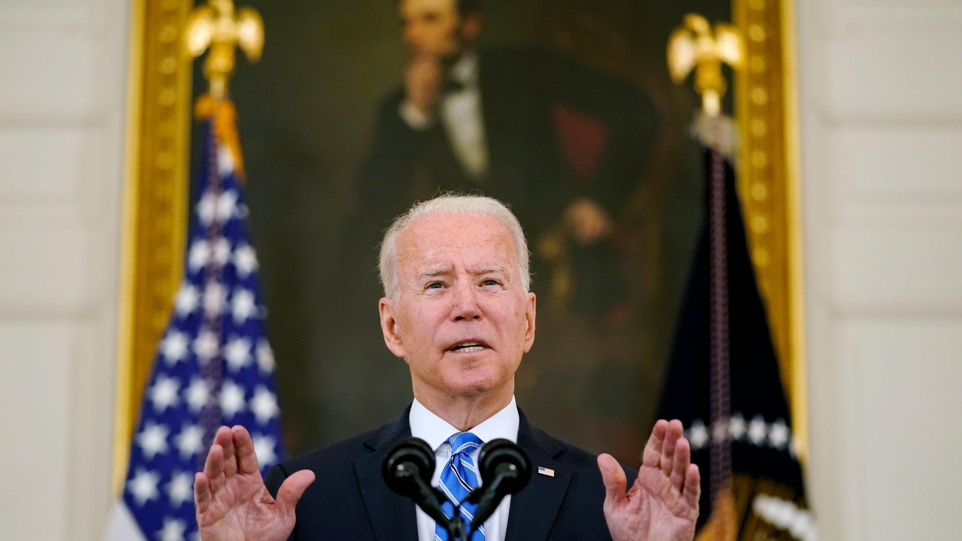 Beim Votum über das gewaltige Infrastrukturpaket ist US-Präsident Joe Biden auch auf Stimmen der Republikaner angewiesen.