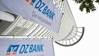 Die DZ Bank verzeichnete im ersten Halbjahr einen Milliarden-Überschuss.