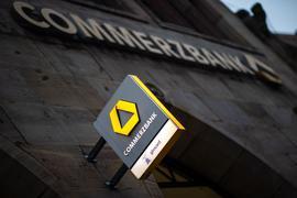Die Commerzbank setzt nach einem Filialkahlschlag auf digitale Beratungszentren.